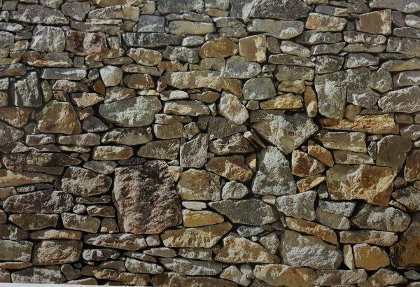 טפט חומת אבן