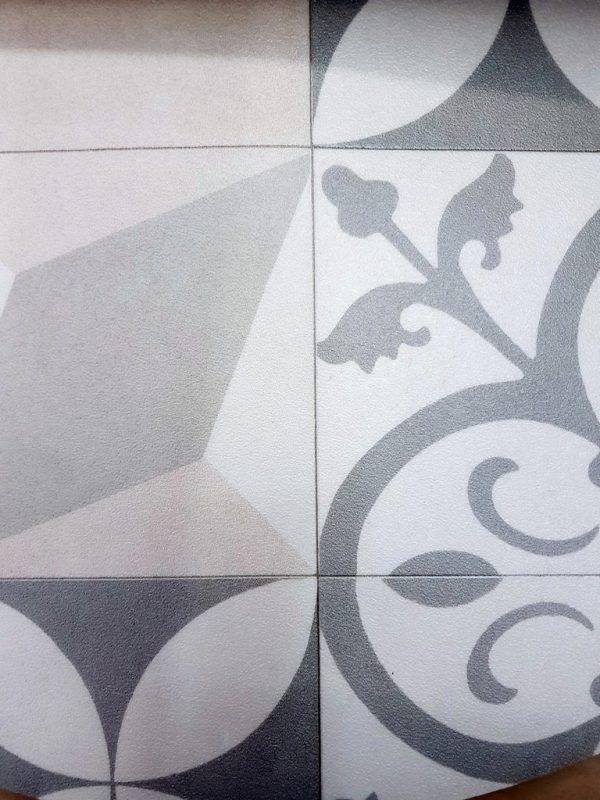 פי וי סי וינטאג' אריח מעויין אפור לבן